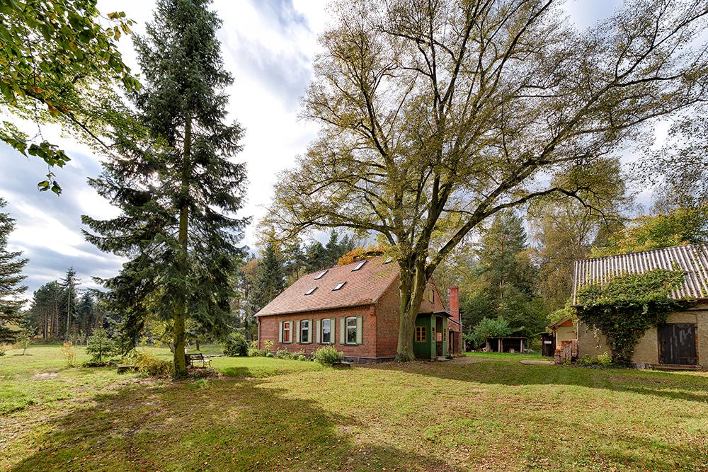Dretzen_6918_Hausl und Grundstück